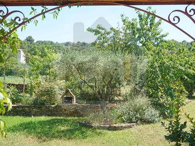 Photo for In the sun of Provence, 6 people, air conditioning, parking, Wifi