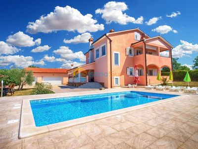 Photo for Apartment 870/2041 (Istria - Labin), Family holiday, 6000m from the beach