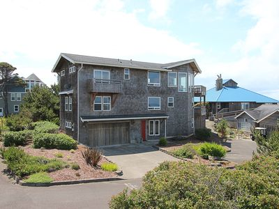 Photo for Amazing large family home offers endless views of the magnificent Pacific Ocean