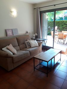 Photo for Very spacious ground floor apartment with large private garden and close to the sea