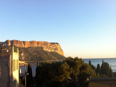 Photo for T2, overlooking creeks Cassis, 4 pl, parking, special offers depending on season *
