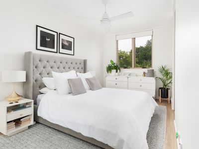 Photo for Light filled 1 bed in Paddington PD228
