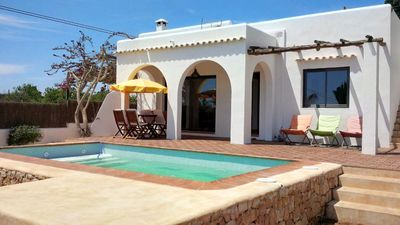 Photo for Beautiful house with large garden, in Ibiza town, for 5 people.