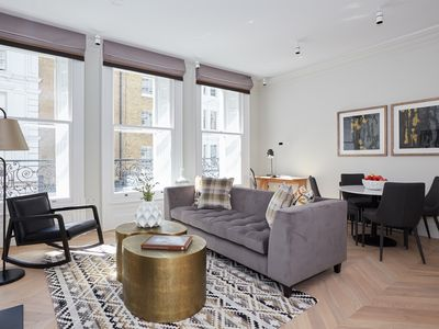 Photo for Sonder | King Street | Luxurious 1BR