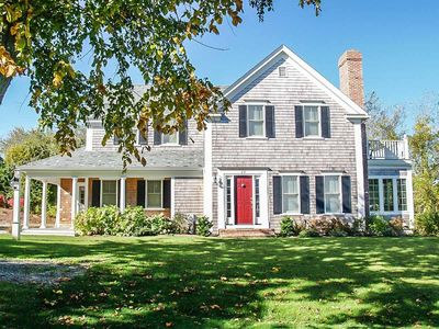 Vacation in a beautiful home in the Old Village of Chatham.