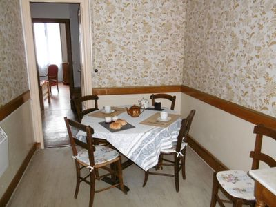 Photo for Bright spacious 1-floor apartment close to the Thermes and the city center 4per