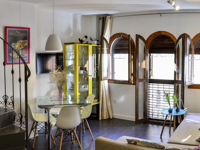 Photo for Cozy apartment in the Heart of Sevilla - Campana