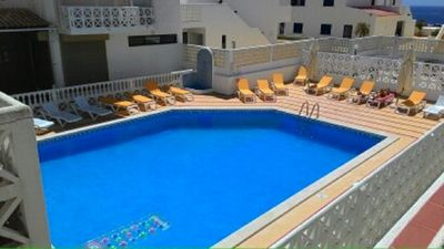 Photo for Central Apartment in Oura 1 Bedroom Albufeira with Swimming Pool 200m Oura Beach