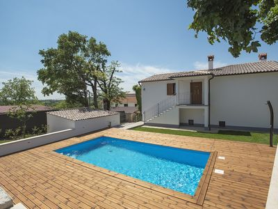 Photo for Villa with private pool, 2 bedrooms, 2 bathrooms, washing machine, air conditioning, WiFi, sun loungers, outdoor shower and a barbecue area
