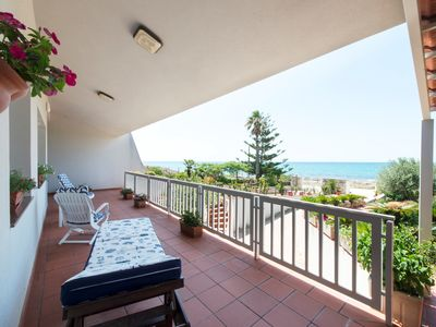 Photo for Seafront villa with panoramic views.