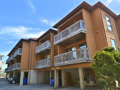 Photo for LINENS & DAILY Activities INCLUDED*!. OCEANFRONT-AMAZING VIEWS/TWO OCEANFRONT DECKS (4 decks total).