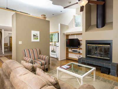 Photo for Spacious 3BR Aspen Condo in Prime Location