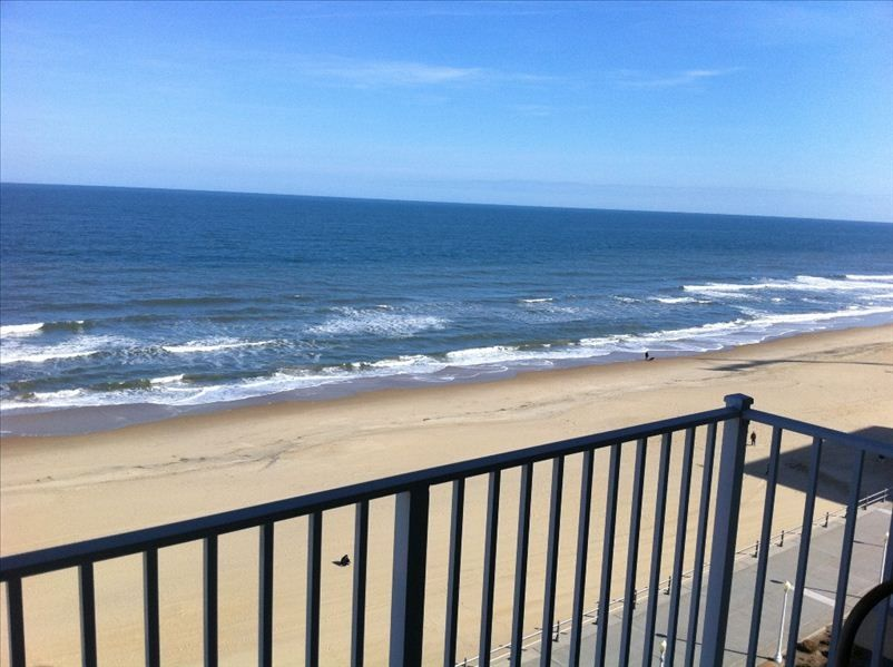 2 Br 2 Ba Oceanfront Condo At The North Homeaway Northeast Virginia Beach