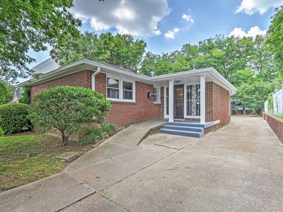 Photo for Sleek Nashville House Near City & Attractions!