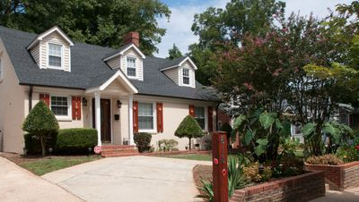 Photo for 5 Minutes to Uptown Charlotte: Great Stay for In-Town Holidays,Meeting and Event