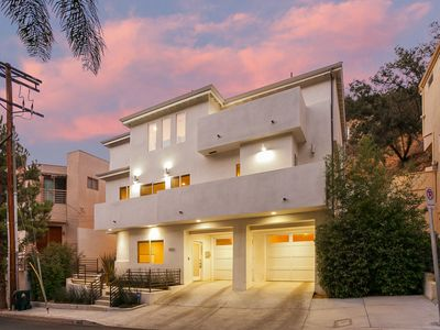 Photo for Modern Dixie Canyon Architectural - 2 MASTER BEDROOMS!!
