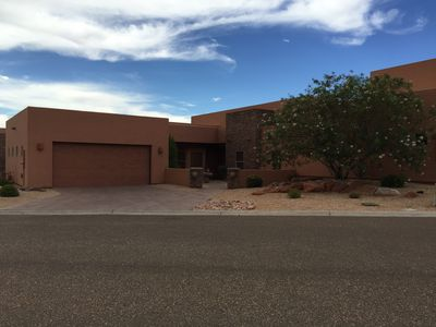 Photo for Beautiful Comfortable Home with Stunning Views Located 3 min from Lake Powell