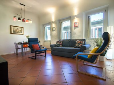 Photo for Gilda apartment in Oltrarno with WiFi, integrated air conditioning & private roof terrace.