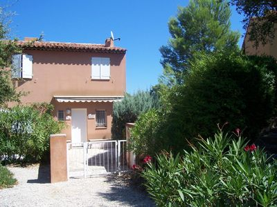 Photo for Two Bed Villa in Gulf of St Tropez with Sea Views