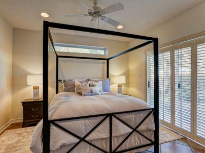 Photo for The Queen Suite - perfect Ocean Springs location only 1 block to Front Beach!