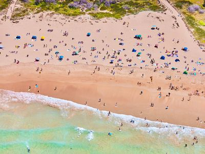 Photo for Freshwater Beach Getaway - a distance from Manly beach.