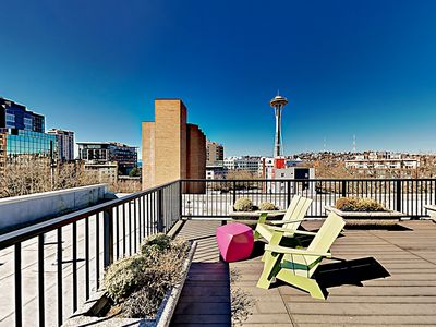 Photo for Airy Downtown Condo w/ Loft, Rooftop Deck & Balcony - Walk to Space Needle