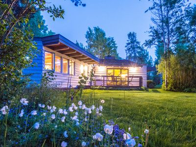 Photo for Pool & Gym Access! Updated 3BR House In The Aspens