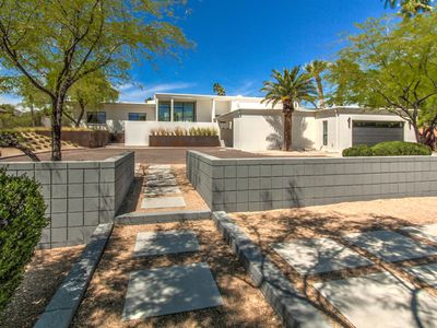 Photo for Beautiful Historic Mid-Century Home with Camelback Views!!