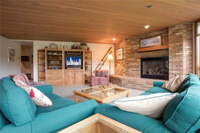 Flat Screen and Gas Fireplace in Living Room