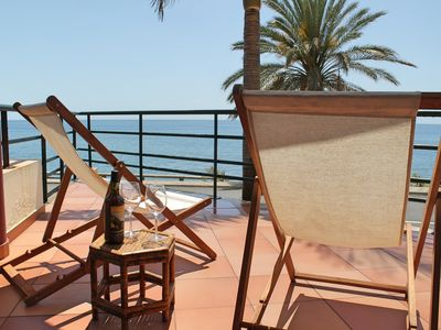 Photo for In sunny Madalena do Mar bay, 2-Bedroom refurbished apartment – Atlantic View