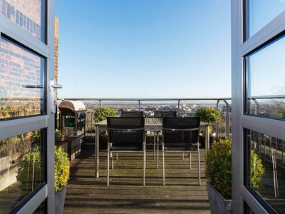 Photo for UP TO 20% OFF- Beautiful penthouse sleeping 4 with stunning London Views (Veeve)