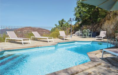 Photo for 4 bedroom accommodation in Nessa