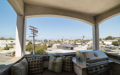 Photo for Rare 4 bedroom home with Air conditioning and a Great Ocean view!