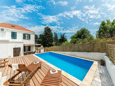 Photo for Holiday house Brbinj for 8 - 9 persons with 5 bedrooms - Holiday house