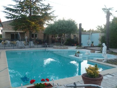 Photo for Detached Villa 2 to 10 people, swimming pool, private spa carpentras