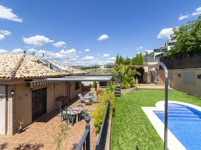 Photo for House with pool and free wifi next to Granada