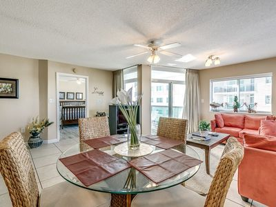 Photo for Fantastic 2 Bedroom Oceanview Condo, Crescent Keyed 1111!
