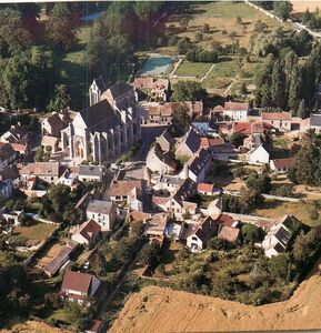 Photo for Quiet house in the Renarde valley (91) Stage St Jacques de Compostelle