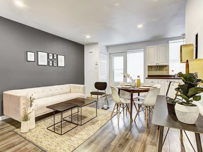 Photo for 2 Bedroom accommodation near old Montréal