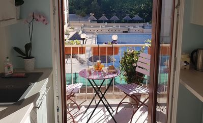 Photo for Nice apartment in a quiet area, near the city center, free pkg #NEW!