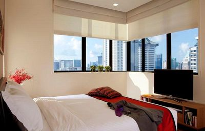 Luxurious Stay in Singapore w/ Great Views, Free WiFi & Fitness Center Access