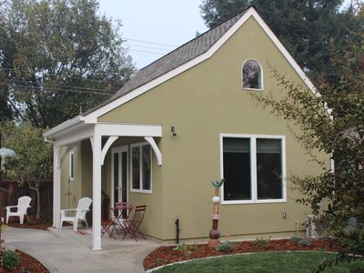 Photo for The Fig Tree Cottage in Heart of Land Park