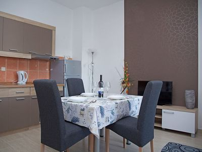 Photo for Apartment in the center of Biograd na Moru with Parking, Internet, Washing machine, Air conditioning (333020)