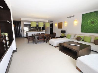 Photo for Luxury Aldea Thai Beachfront Condo With Ocean View & Private Pool