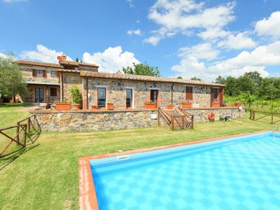 Photo for Vacation home Val d'Orcia in Radicofani - 10 persons, 5 bedrooms