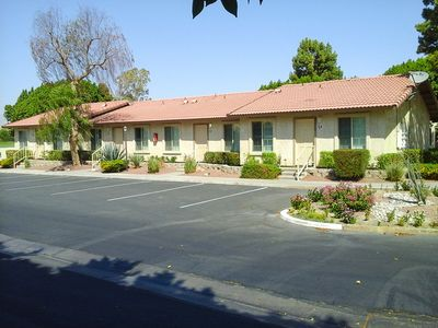 Photo for * * *  SALE * * * CHRISTMAS GETAWAY / PALM SPRINGS DEC 15-22 / 2 bdrm / sleeps 6