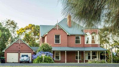 Photo for 6BR House Vacation Rental in Koroit, VIC