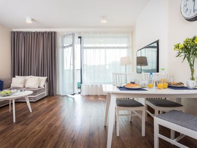 Photo for 2-bedrooms Penthouse with Air-Conditioning near Old Town