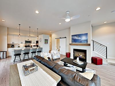 Photo for New Listing! Contemporary Downtown Haven at Hideaway Station w/ Gas Fireplace