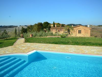 Photo for Cosy agriturismo in Toscana with outdoor swimming pool